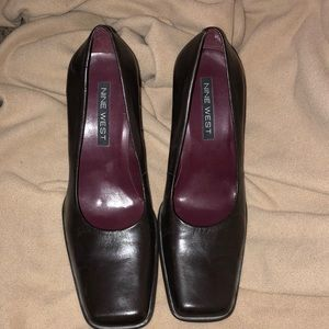 224b7b26cb7 Nine West Square toe high heel shoes size 7 1 2 M